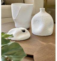 Vaso cerâmica branco assimétrico com fenda G